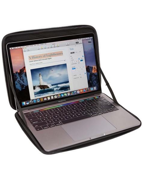 """Thule Gauntlet 13"""" MacBook® Protection Sleeve -  black"""