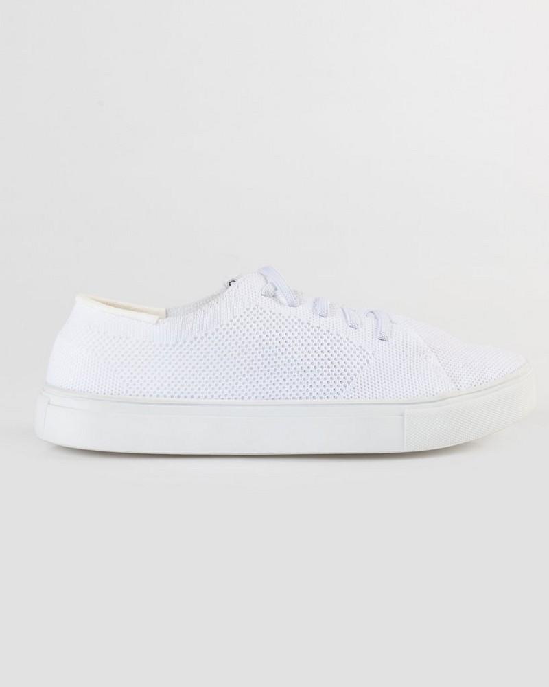 Rare Earth Loren Sneaker -  white