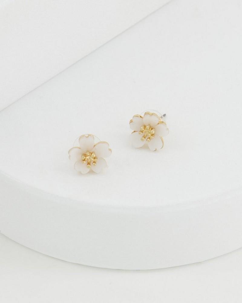 Floral Shell Stud Earrings -  milk