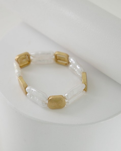 Strand Pearl Stretch Bracelet -  milk