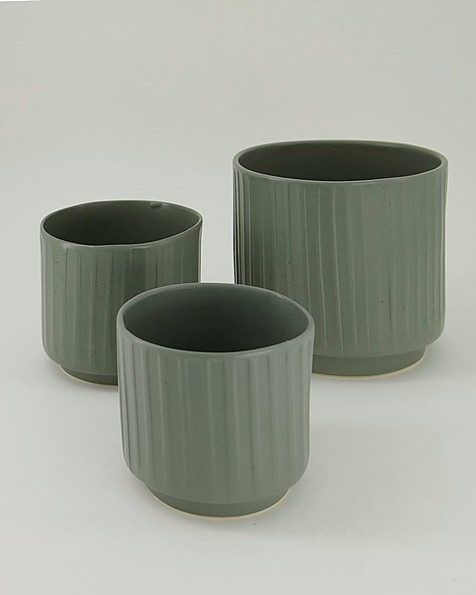 Pret-a-Pot Large Ribbed Planter -  green