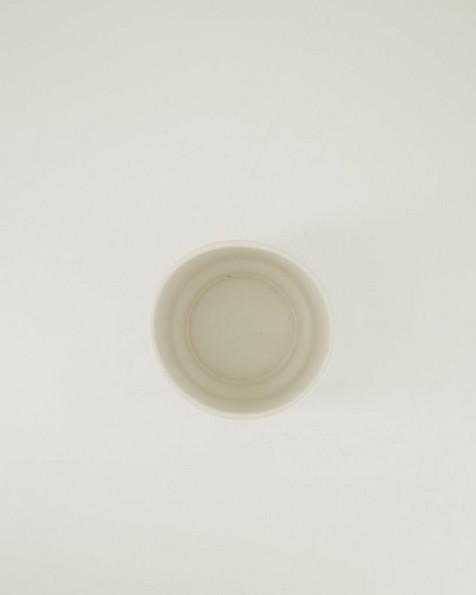 Pret-a-Pot Medium Ribbed Planter -  milk