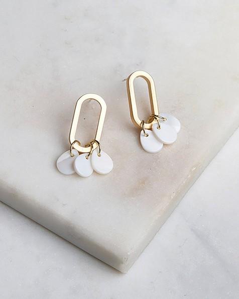 Oval Shell Disc-Drop Earrings -  gold-milk