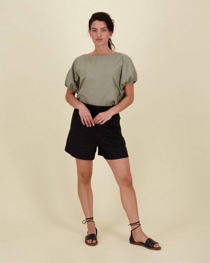 Nicky Shorts -  black