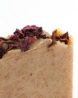 Jonk Bloom Rose Petals  & Geranium Soap -  brown