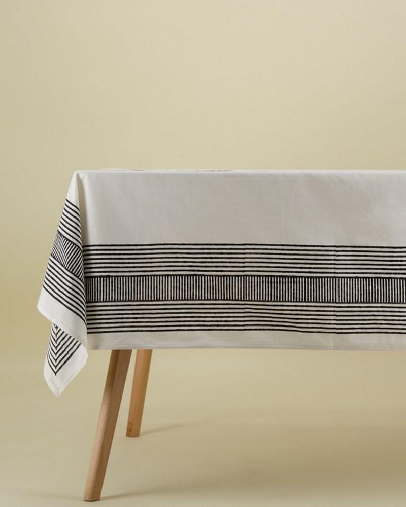 Malakos Graphic Tablecloth -  white-black