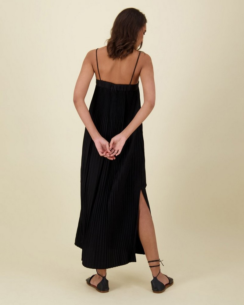 Marin Pleat Dress -  black