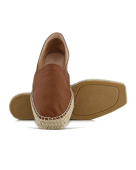 The Shelley Shoe -  tan