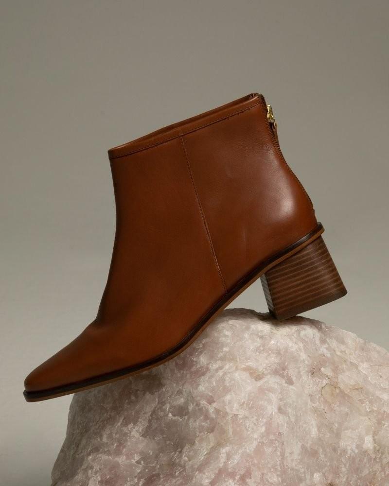 Tread + Miller Aerin Boot Ladies -  tan