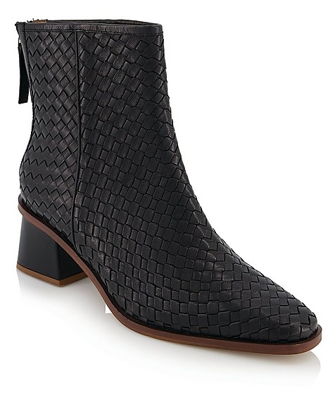 Tread and Miller Camila Boot Ladies -  black