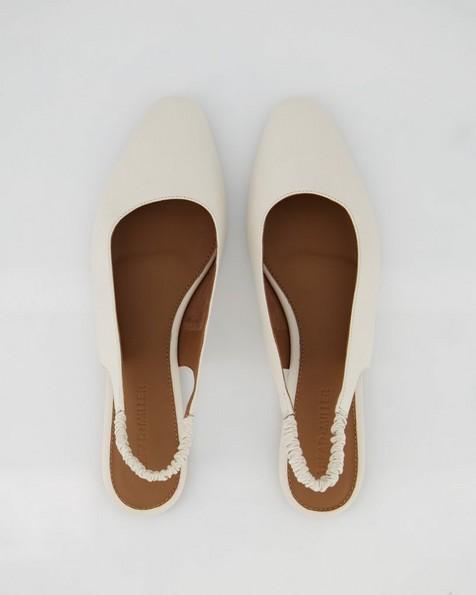 Ladies Roux Shoe  -  bone