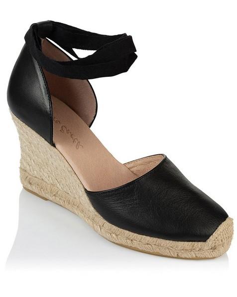 Rare Earth Chiara Wedge Heel -  black