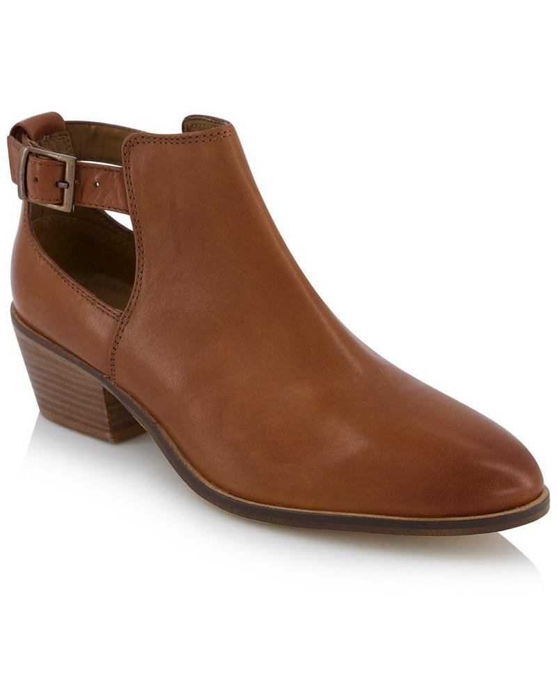 Rare Earth Ladies Malia Boot -  tan
