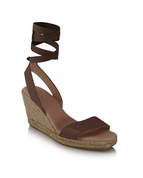 Rare Earth Ladies Janelle Wedge Heel -  taupe