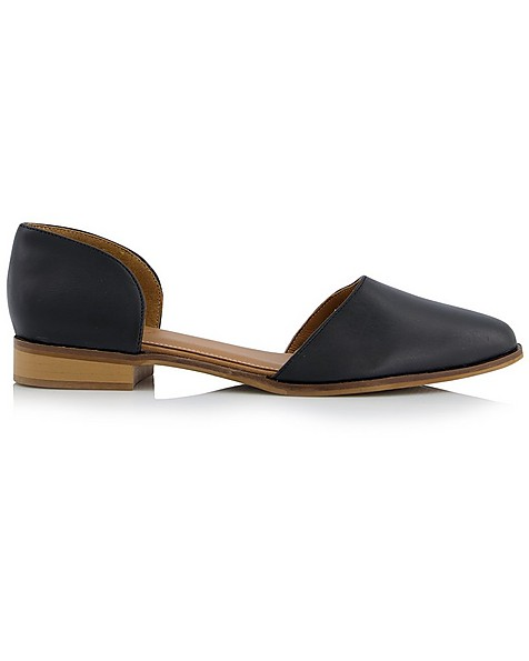 Rare Earth Nicole Shoe  -  black