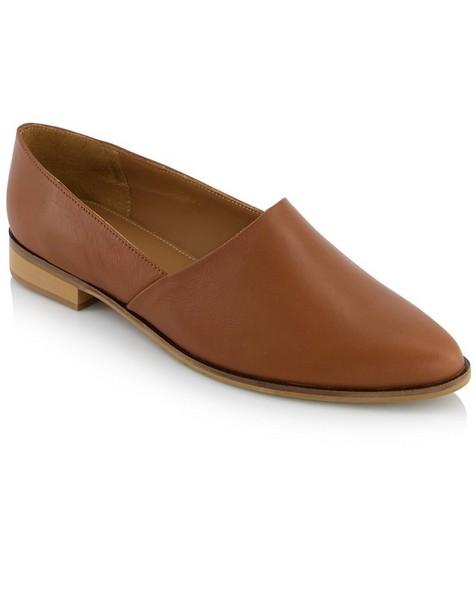 Rare Earth Ladies Sawyer Shoe -  tan